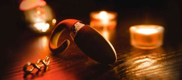 Lelo Oden 2 Review-Remote Controlled C-Ring