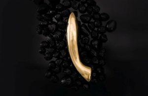 Lelo Olga Review_ The Gold Dildo